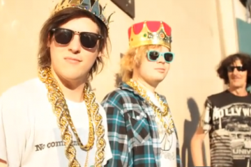 Wavves King Of The Beach Video