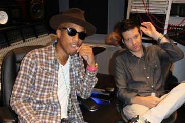 Pharrell Williams Mayer Hawthorne in the Studio Thumbnail