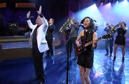 David Byrne & St. Vincent I Should Watch TV David Letterman