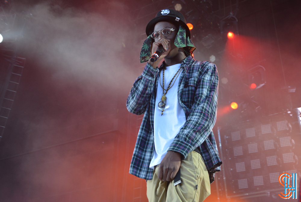 Joey Badass - Toronto 2013 - Crotch Grab right Side