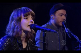 CHVRCHES Sink live on Late Show With David Letterman