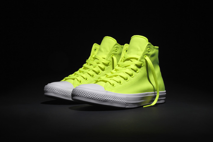 Converse presents the Chuck Taylor All Star II Volt side