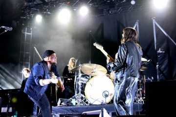 Of-Monsters-and-Men-TURF-2015-3