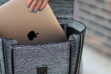 Macbook-Travel-Piece
