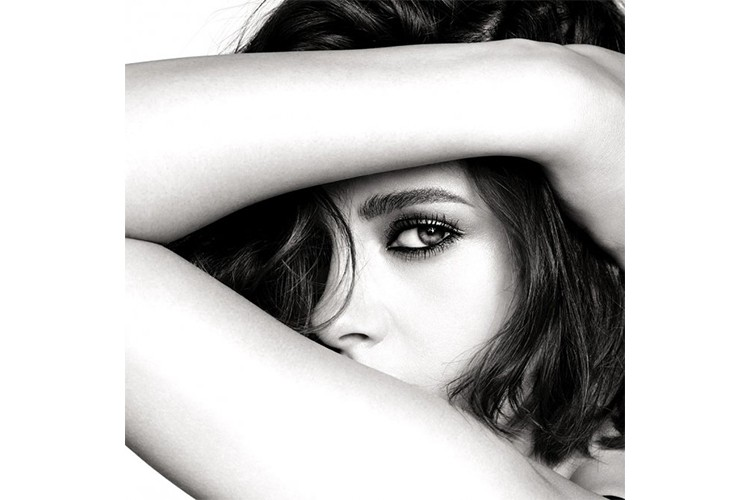 kristen-stewart-chanel-beauty