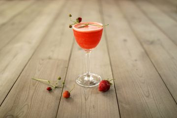 Strawberry Blow Fizz